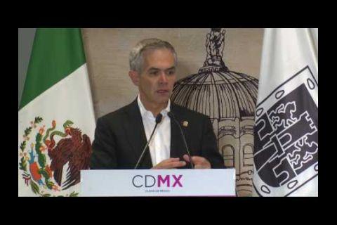 Embedded thumbnail for Exponen moneros en Metro de la Ciudad de México (1)