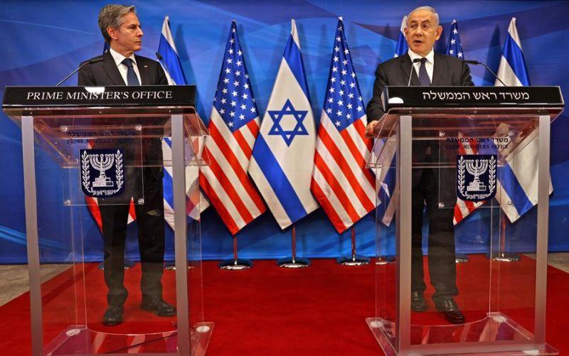 El secretario de Estado de Estados Unidos, Antony Blinken (i) y primer ministro israelí, Benjamín Netanyahu (d) en rueda de prensa este martes en Jerusalén.