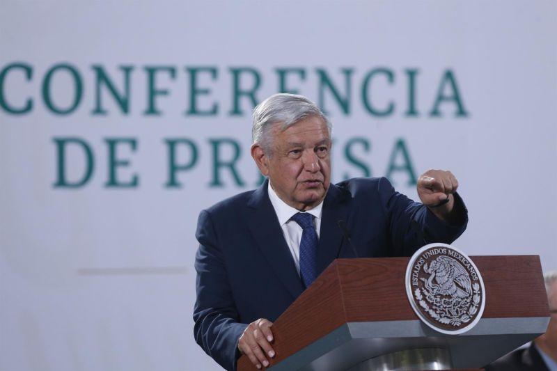 El presidente de México, Andrés Manuel López Obrador, habla hoy durante su rueda de prensa matutina en Palacio Nacional, en Ciudad de México (México).