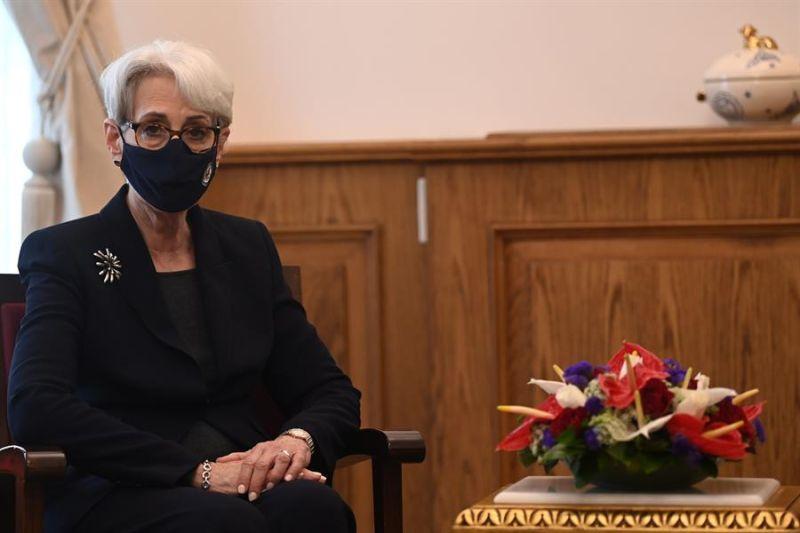 En la imagen un registro de la subsecretaria de Estado estadounidense, Wendy Sherman.