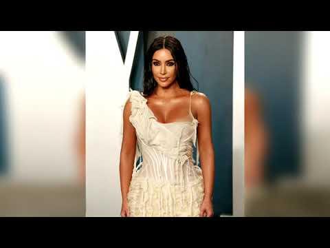 Embedded thumbnail for Kim Kardashian entra en la lista de milmillonarios de Forbes por sus negocios